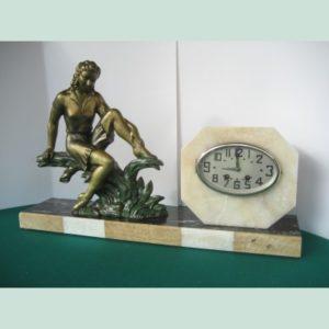 1930 Art Déco clock